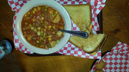 Cowboy Lodge and Grill: Cowboy Stew is killer good