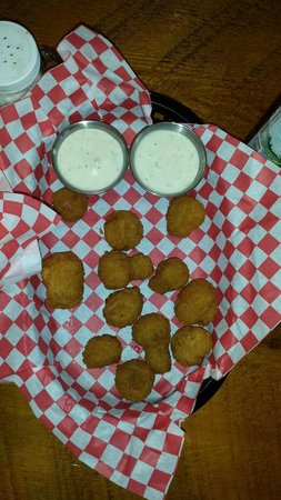 Cowboy Lodge and Grill: The fried mushrooms are off the reservation good
