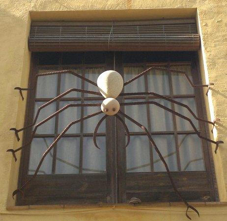 Hotel El Cau de Papibou: Decoración original en un restaurante de Begur