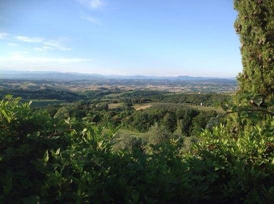 Rigone in Chianti: view from outside accomodation