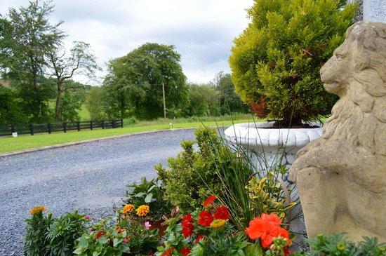 Ballybay, Irland: Front entrance