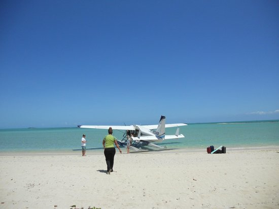 Kamalame Cay : Some arrive by seaplane