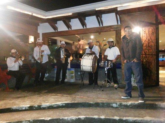 Restaurante Ram Luna: Con los músicos