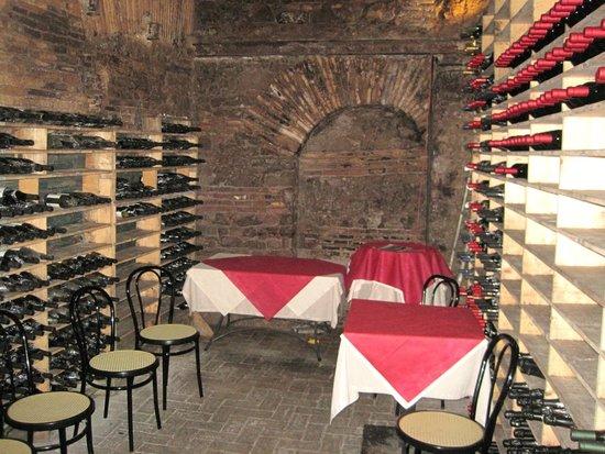 Spirito Divino : wine tastings in the cellar
