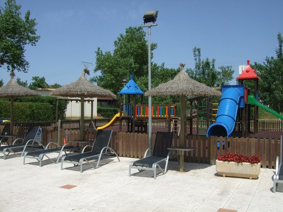 FERGUS Style Pollensa Park SPA: Kiddies play area.