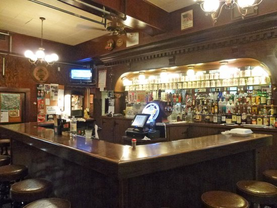 Turner Hall: Rathskeller Bar