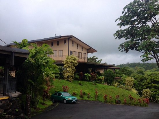 Arenal Kioro: Beautiful grounds