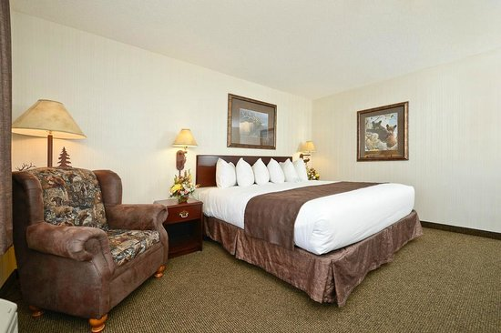 ClubHouse Inn West Yellowstone : room with one king bed