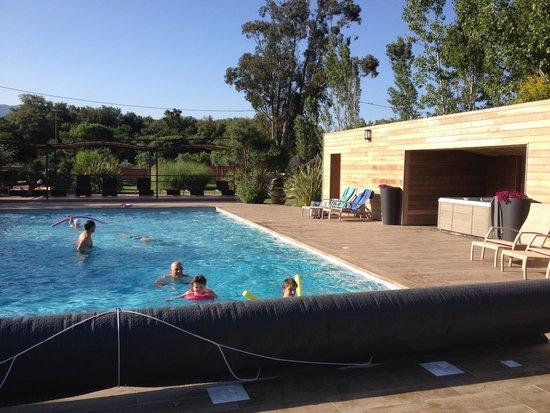 Hotel San Giovanni : coin piscine/jacuzzi