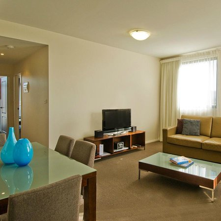 Mantra Wollongong: 2 Bedroom Superior Apartment
