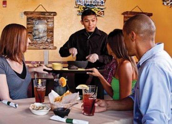 El Rancho Grande: Guacamole made table-side, just the way you like it!