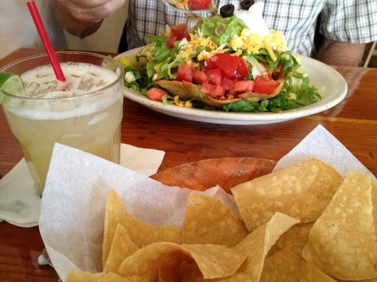 Peppers Mexicali Cafe: our wicked margarita & chips