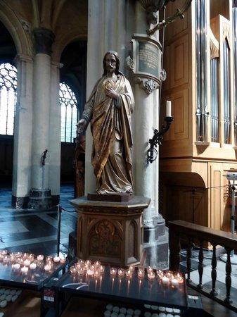 Église Notre-Dame (Onze Lieve Vrouwekerk) : Imagem de Jesus