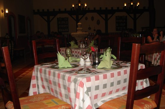 Occidental Cozumel: Restaurant at Occidental