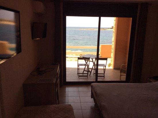Hotel du Golfe: chambre rdc avec terrasse avec vue sur mer