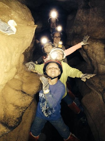 Raccoon Mountain Caverns : Ages 8,9,10