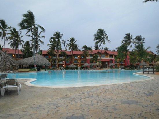Punta Cana Princess All Suites Resort & Spa : Piscine