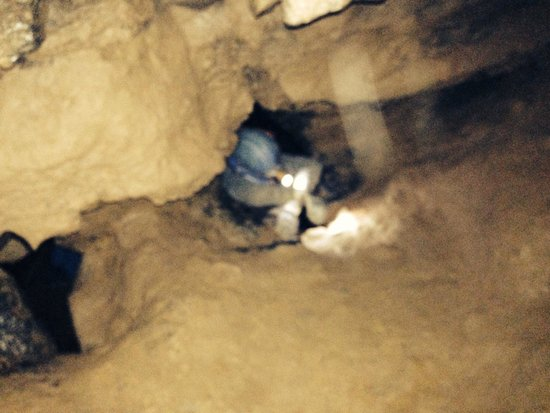 Raccoon Mountain Caverns : Waterfall dome entrance