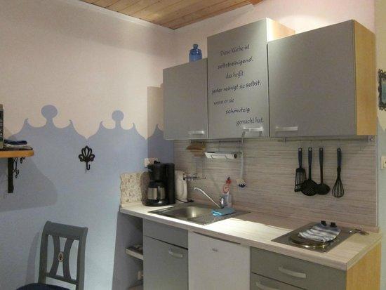 Gästehaus Liebler: kitchen