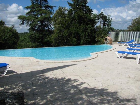 Domaine du Breuil: The pool