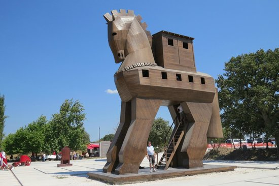 Troy (Truva) : Cavalo de Tróia
