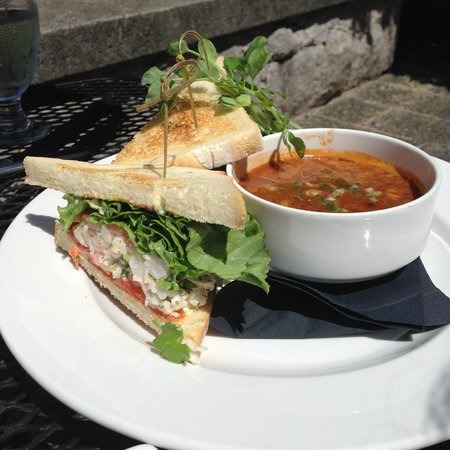 Furry Creek Golf and Country Club: sandwich and soup