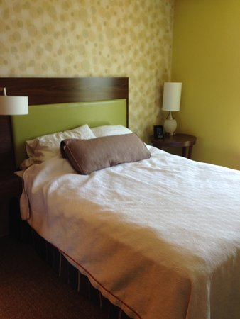 Home2 Suites by Hilton Lexington Park Patuxent River Nas, Md: Bed area