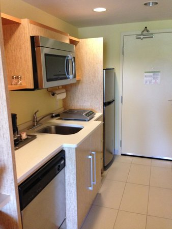 Home2 Suites by Hilton Lexington Park Patuxent River Nas, Md : Kitchen area