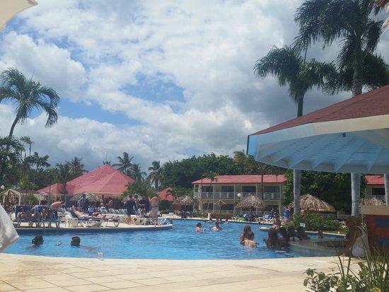 Grand Bahia Principe La Romana: Pool area