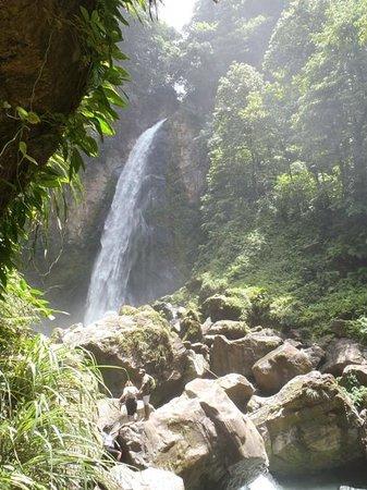 Victoria Falls: ....