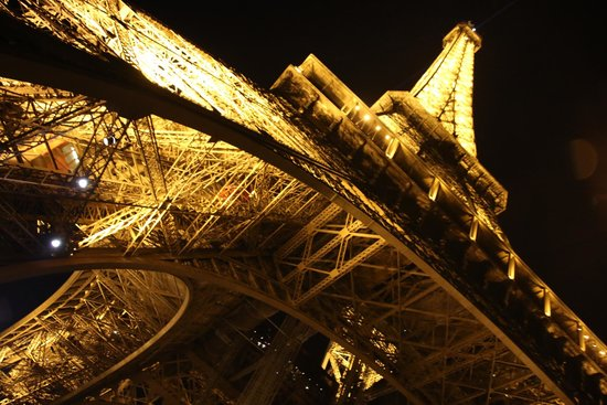 Le Jules Verne: Eiffel Tower
