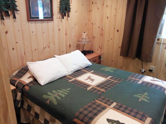 Evergreen Motel : Bedroom