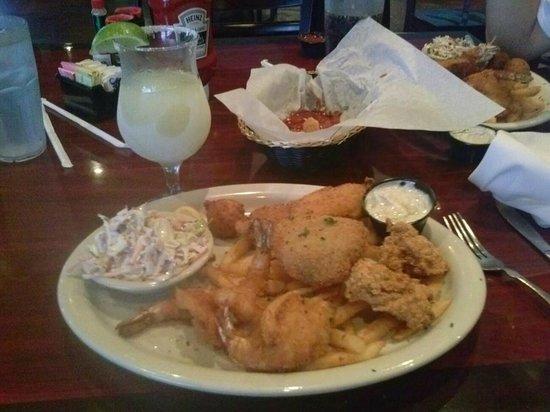 Saltwater Grill: seafood sampler