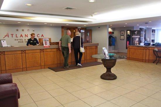 Atlantica Oak Island Resort & Conference Centre: Front desk