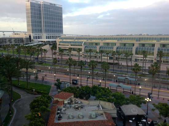 Hard Rock Hotel San Diego: Window view from 8th floor