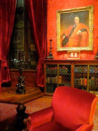 The Morgan Library & Museum: Library interior