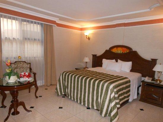 Hotel Casino Plaza: Habitación