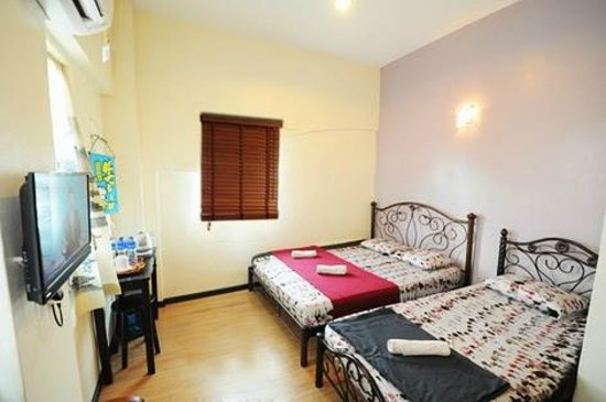 Ajit Guest House & Hotel : Deluxe Room