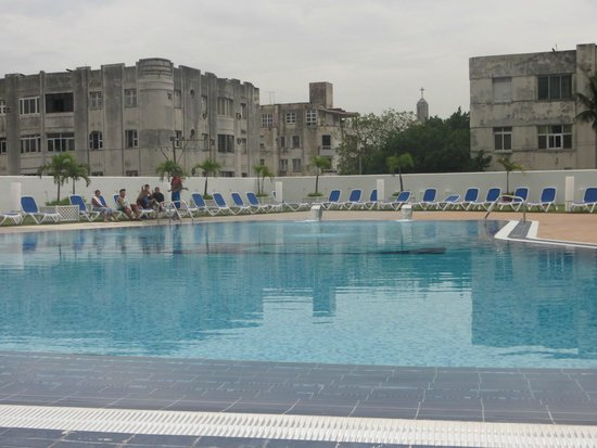 Tryp Habana Libre: Lugar de piscina