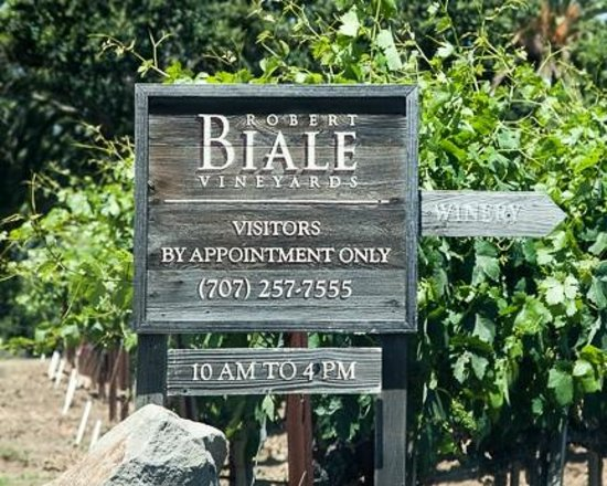 Robert Biale Vineyards: Signage