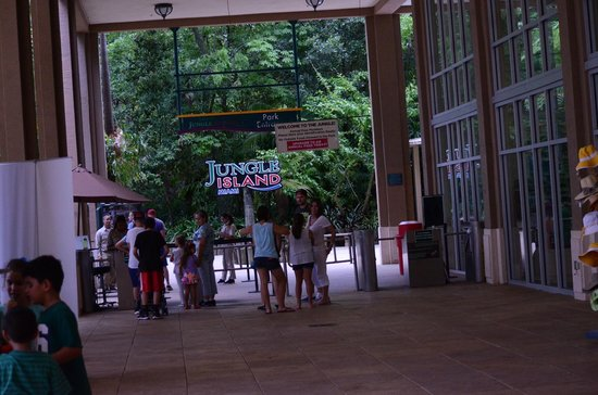 Jungle Island entrance