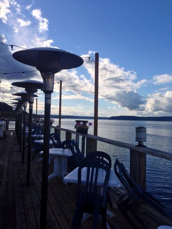 Duke's Chowder House: This deck will be full in a few weeks when it is warmer!
