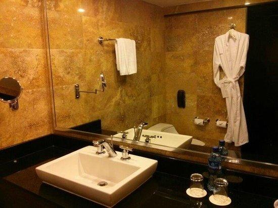 Le Meridien Panama: Baño