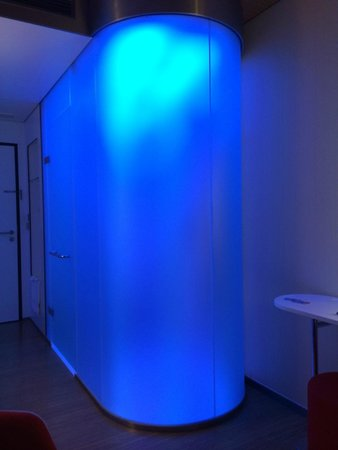 "citizenM Glasgow: The toilet/shower ""pod"" with your choice of light color!"