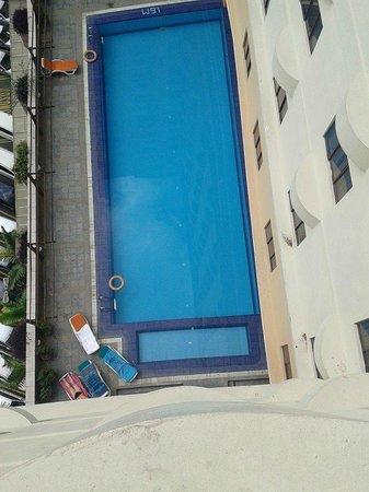 Q Hotel: Family Pool