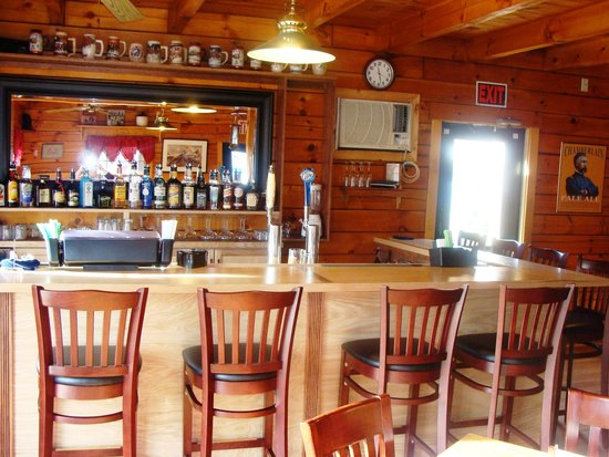 GrantLee's Tavern & Grill: Full Bar, serving Beer, Wine and Liquor