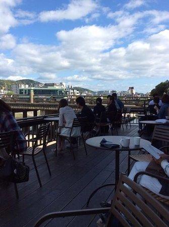 Starbucks Coffee Kyoto Sanjo-ohashi Shop: on the deck.