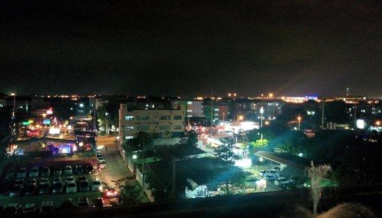 Suvarnabhumi Suite Airport Hotel : Nice view