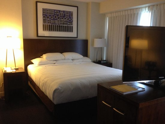 Hyatt Regency Lisle near Naperville: Comfy bed