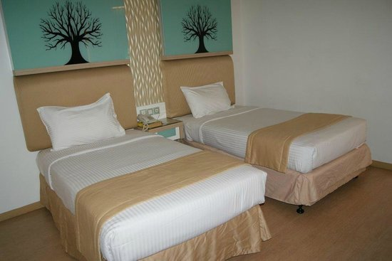 D-Villa Residence Hotel: Deluxe room - Twin Bed